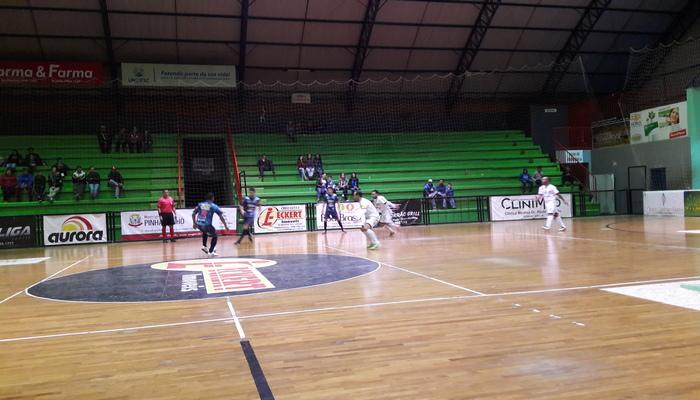 f5058d99e1 Adesp e Futsal SLO proporcionaram o primeiro empate no Estadual. Adesp  assume momentaneamente a liderança enquanto que Futsal SLO é o terceiro.